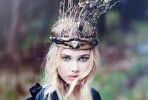 crowns, headdress, sparklies