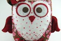Hoot Hoot Owls / Just can't resist those big-eyed birds. :) / by Johnette Warner