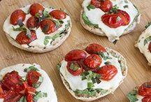 Foodie - Snackies / by Lynne Pike