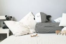 Pillows / pillows, sewing, decorating. Cosiness with pillows in bed...