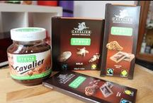 Low-sugar products & treats / Quality dark chocolates & low-carb snacks easily available in Europe