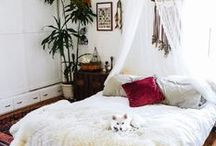Cozy Bedroom / Cozy bedroom, sofa, interior, home, styling, sheets, pillows, sleeping, dream home