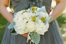 wedding: aliana + ryan / photographer: suzi q            flowers: tiger lily weddings             venue: legare waring, charleston, sc