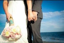 wedding: christina + chris / venue: Seabrook Island flowers: Gayla Harvey Tiger Lily Weddings photos: Liz Duren
