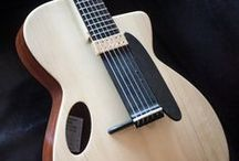Musical Instruments  / 美しい楽器、懐かしい楽器、製造中止のレアな楽器たちの写真を集めてます。 ギター ベース キーボード 弦楽器 