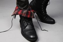 Footwear / by Léo Begin