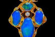 B Jewelry--VINTAGE / by Faith Tatum