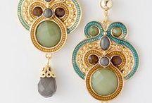 Beading / Creative work with beads. inspirational sites, methods..