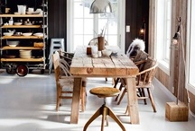 Home Styling / Simple style with a touch of old tree objects to it.