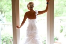WEDDING GOWNS / by Juliet Woodhouse