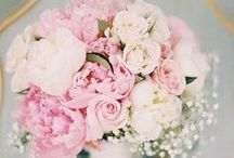 Pink Wedding Ideas / Creative and beautiful ways to incorporate pink into your wedding decor.