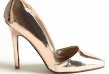 Shoes / by Cristina Cordua