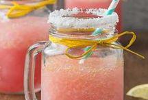 FOOD AND DRINK / Idées recette de boissons et cocktails originaux pour des soirées sous le soleil