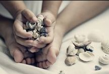 In your hands / Objects look more valuable when someone is holding them in their hands