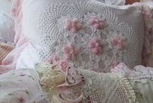 ~ Plush Pillows ~ / Pretty Pillows / by Deby Matta DeBruycker