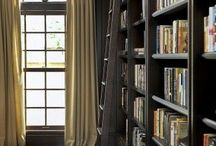 Library / The formal library is found most often in traditional homes. It often doubles as the home office or study.