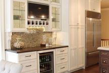 Kitchens - Shades of White / Enjoy the simple elegance of these beautiful white and off-white kitchens.