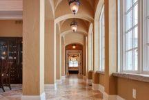 Halls & Galleries / Halls, hallways & galleries