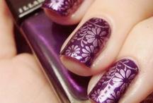 Nails Nails Nails / by Mendi Rivers