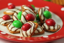 FOODIE: CHRISTMAS & HOLIDAY GOODIES / by Jennifer Seymour