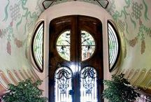Doors,Portals / by Mary Ellis