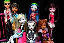 Monster High Dolls / Collectible Dolls