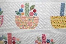 Hand and Machine Applique Quilting / by Suzy Mathews