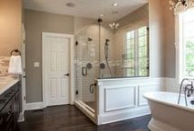 New House - Bathroom / by Hannah Lugibihl