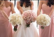Wedding Flowers / Explore our collection of wedding bouquets and boutonniere imagery