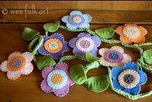 Craft DIY: Felt Ornaments and Pins / Felt ornaments and pins