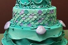 Cookies & Cakes / Who doesn't love a cake?  Pretty?  Delicious?  I have gathered everything.