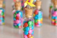Party | Favors / A Favor is a little gift, a reminder of the party and the day!