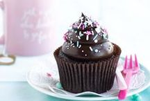 Cupcakes / Cupcakes! Recipes and decorating tips for all flavors and kinds of cupcakes.