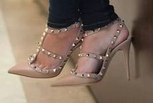 shoes shoes shoesss <3 / by beatriz L.