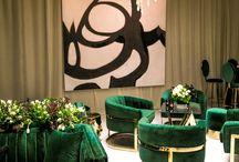 Elegant Art Gallery