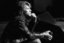 Bon Jovi / The world's best band! ❤️ / by Luciana Perussi