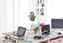 Job ... de la Nantaise / Blogueuse, geekette et community manager ... L'histoire du blog à travers ses bannières, l'histoire d'un rêve de coworking, et autres bidouilles & geekeries rêvées