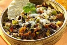 Black Bean Recipes / Do you love S&W Black Beans? Maybe you just have a can laying around and you're looking for a good way to use it. Perhaps you knew that black beans are fiber champions, containing 9 grams per 1/2 cup. Whatever your reason, look no further! Here are some S&W Black Bean recipes we think you'll love!