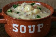 Gluten-Free Soup / Soup is a comforting food that can easily be made gluten-free. Here are recipe ideas for homemade gluten-free soup.