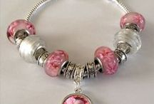 Mother's Day / Make your Mom a unique one of a kind gift for Mother's Day. #mothersday