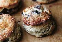 scones // biscuits // tea