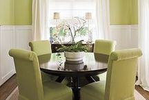 Tables, Round Ones / Nothing beats a round table for creating a friendly seating arrangement for meals.