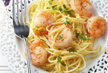 MY BIG BOWL OF PASTA / Favorite pasta recipes / by Janice Maiolatesi