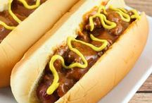 BEST BURGERS-DOGS-SAUSAGE U CAN MAKE / Beef burgers, chicken burgers, sausage & the many ways with the hot dogs / by Janice Maiolatesi