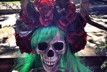 DIA DE LOS MUERTOS / Dia de Los muertos make up, costumes, flower crowns  / by Susana Galaviz