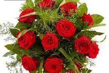 Rozen boeketten / Inspiratie voor rozenboeketten in allerlei verschillende kleuren, van gemengde rozen tot uitsluitend rode rozen. Gemaakt door onze vakkundige Fleurop bloemisten