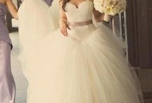 Wedding Dress / by Brittany Hover