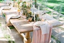 Beautiful displays for dining / There is nothing better than sharing a meal with family and friends. These settings make us swoon...imagine feasting amongst such beautiful gardens and locations...delicious.