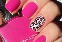 nails / by Gloria Miranda