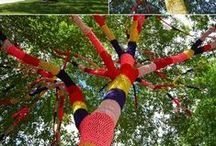 Guerilla Knitting / It just warms my heart to see yarn-bombing out and about.